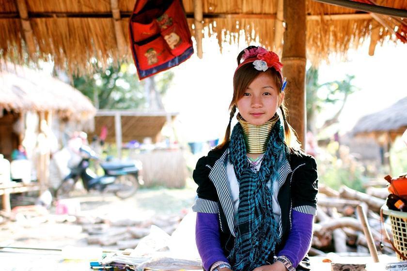 گردن درازهای تایلند را بشناسید