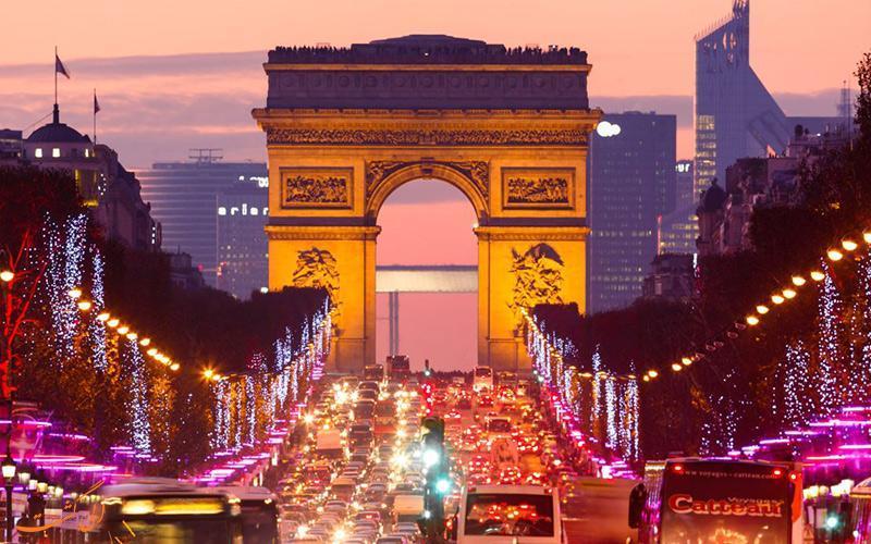 کی نباید به پاریس سفر کنیم؟