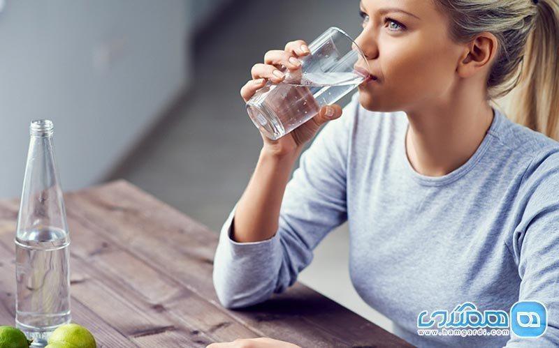 در این مواقع هرگز آب ننوشید!