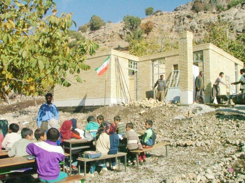 خبرنگاران 2 مدرسه با حمایت بانک ملی ایران در کرمان احداث می شود