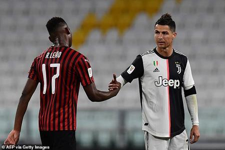 عکس روز؛ فوتبال علیه نژادپرستی