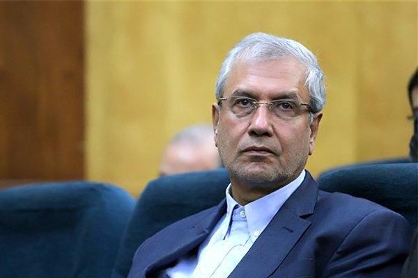 ربیعی: کارمندان تهران از 5 آبان به صورت 50درصد در محل کار حاضر شوند