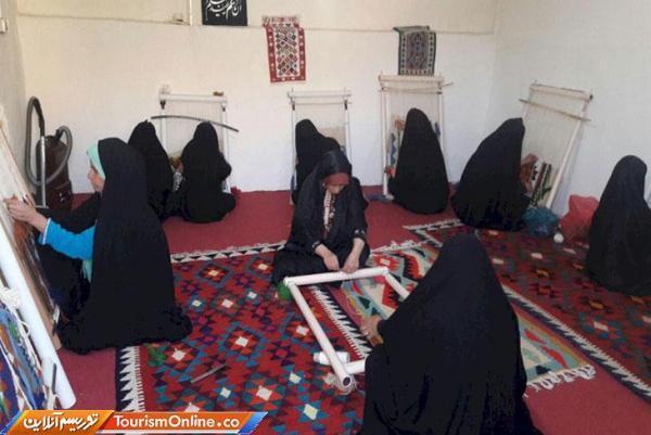 برگزاری آموزش های کوتاه مدت صنایع دستی در شهرستان دورود