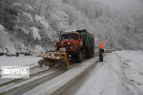 خبرنگاران بارش باران و برف از فردا همراه با کاهش 10 تا 18 درجه ای دما