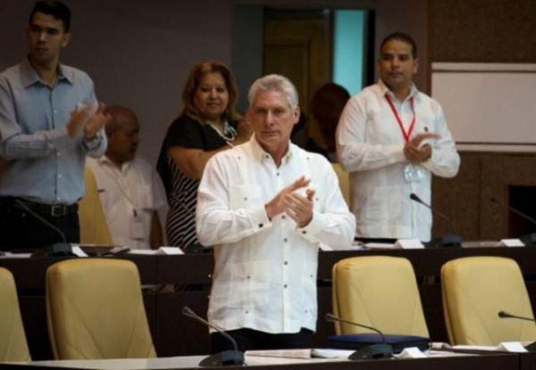 رئیس جمهور کوبا: تجارب چین در ساخت سوسیالیسم ارزشمند است