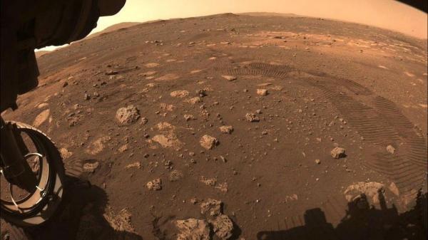 مریخ نورد استقامت پیروز به ایجاد حفره در یک سنگ مریخ و برداشت نمونه از آن شده است